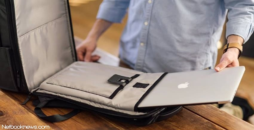 how to pack a laptop for travel