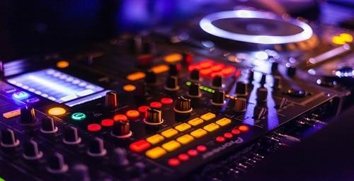 mixer for DJs