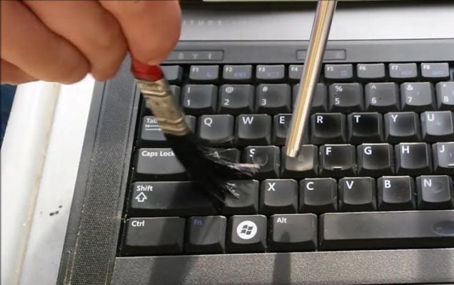How to (Quickly & Safely) Clean a Laptop Keyboard